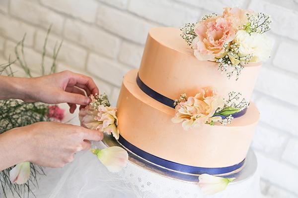 Fresh Flowers 2 Tier Birthday Customised Cake