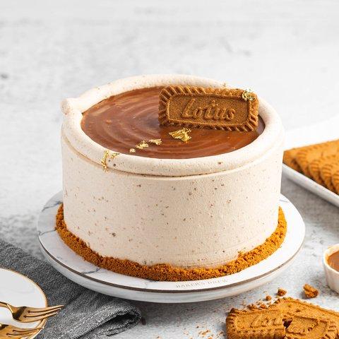Lotus Biscoff Caramel Cake 33