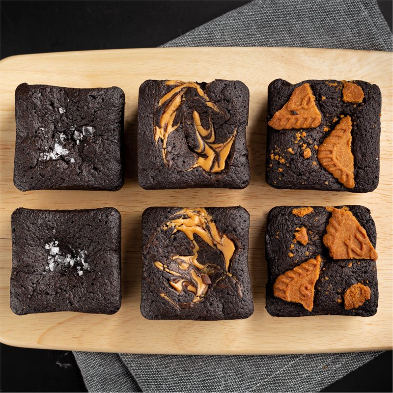 Blackout Brownies | Online Cake Delivery Singapore | Baker's Brew