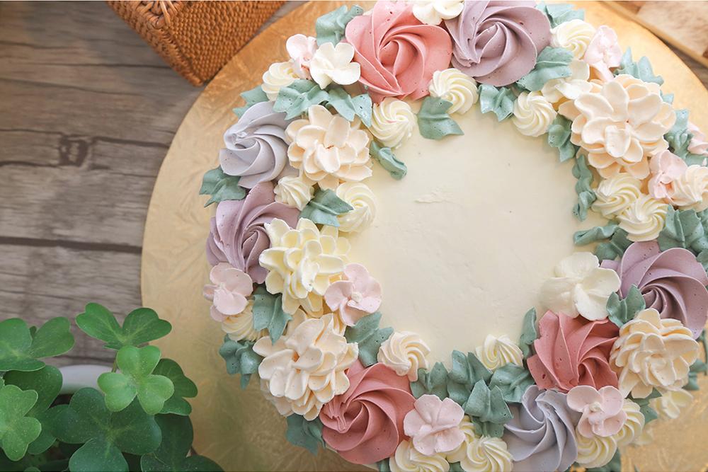 Floral Series Customised Cakes Baker S Brew Studio